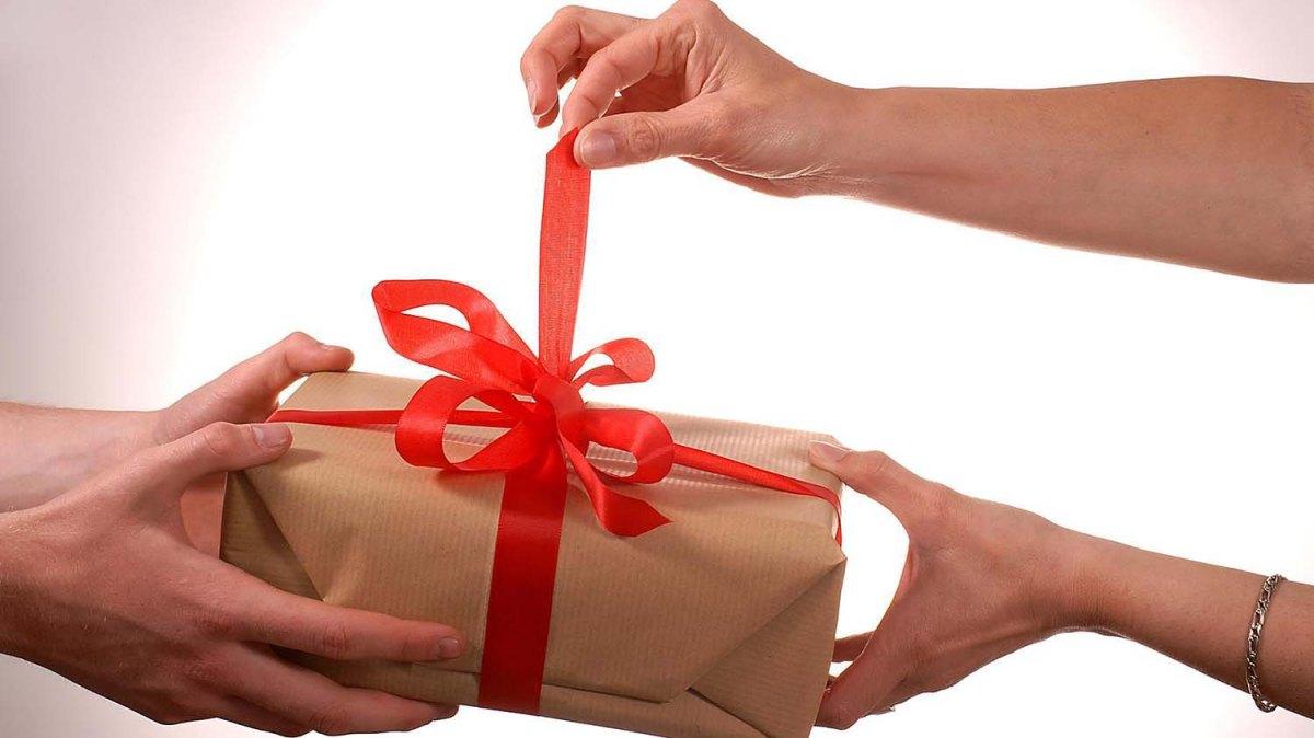 """Tips para dar el mejor regalo al """"Amigo Secreto"""""""