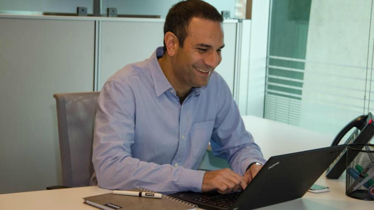 Andrés Becerra: el nuevo General Manager de Lenovo Chile